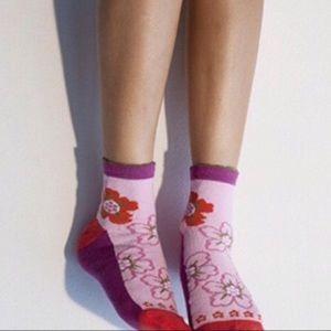 {LAST} PEONY & MOSS Flower Toes Ankle Socks